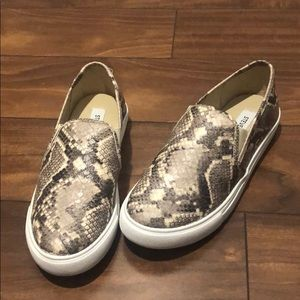 Size 6 snake print slip on sneakers